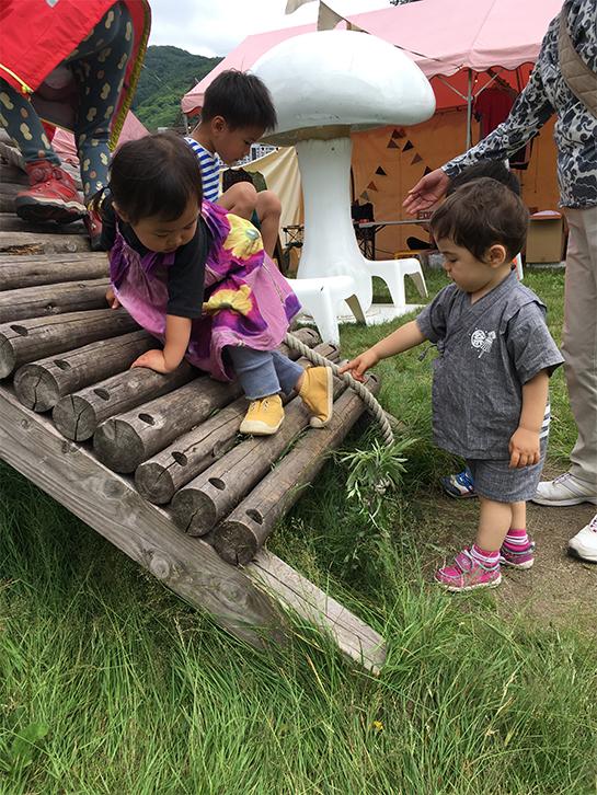 6 【こどもフジロック】FUJI ROCK FESTIVAL'16子連れフェス体験記〜1歳児との過ごし方〜
