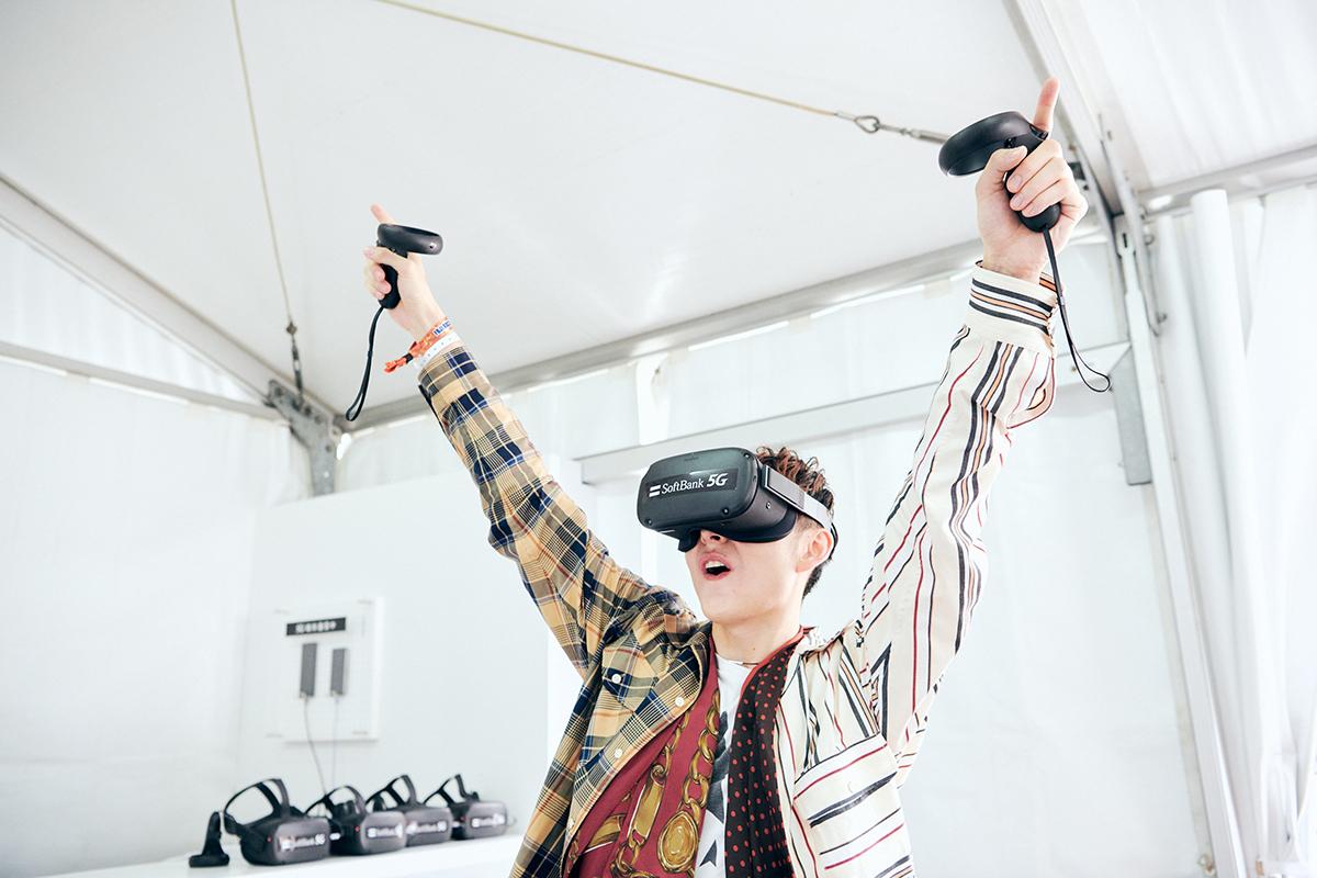 1908_softbank_report_07 今年のフジはここがすごかった!ハリー杉山も驚きのSoftBank「5G VR STUDIO」体験レポート!