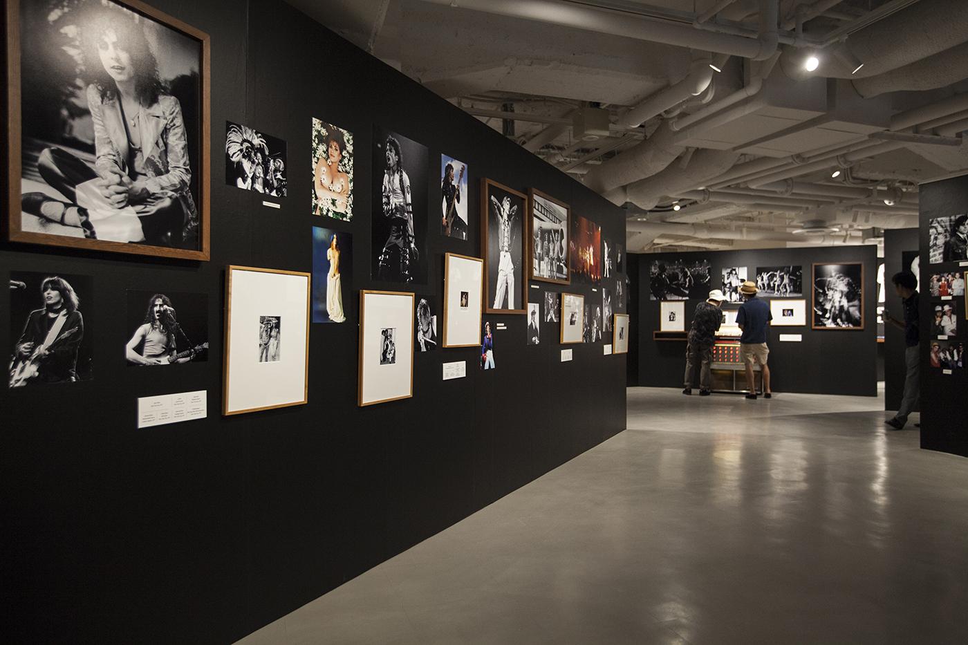 m-0014 【レポート】ロックの歴史が凝縮。フジロックファンも必見のボブ・グルーエン写真展