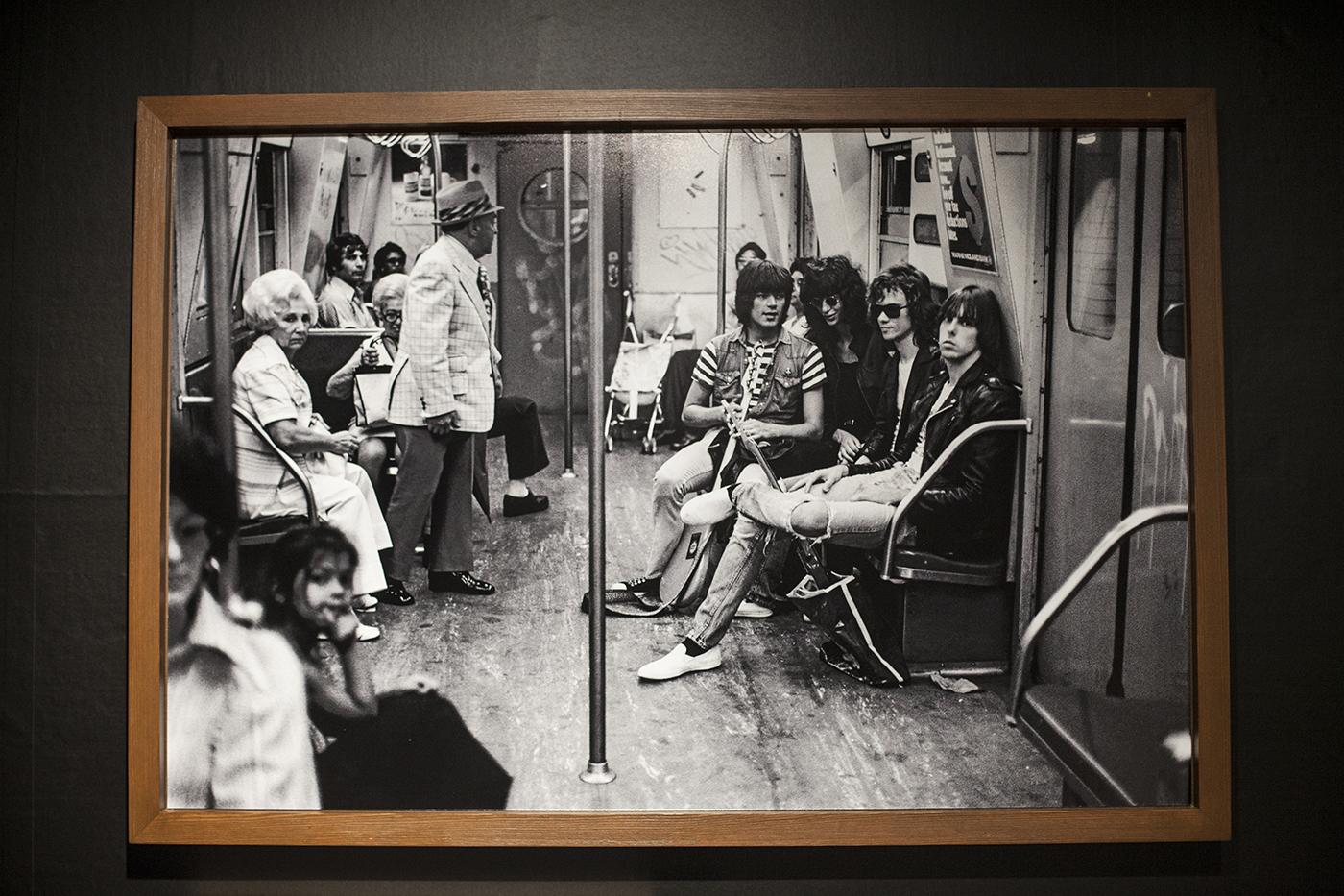 m-0132 【レポート】ロックの歴史が凝縮。フジロックファンも必見のボブ・グルーエン写真展