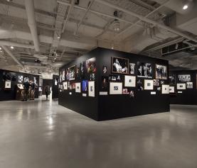 【レポート】ロックの歴史が凝縮。フジロックファンも必見のボブ・グルーエン写真展